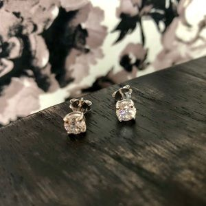 "Tocara ""Princesse"" TE39599 Post Earrings"
